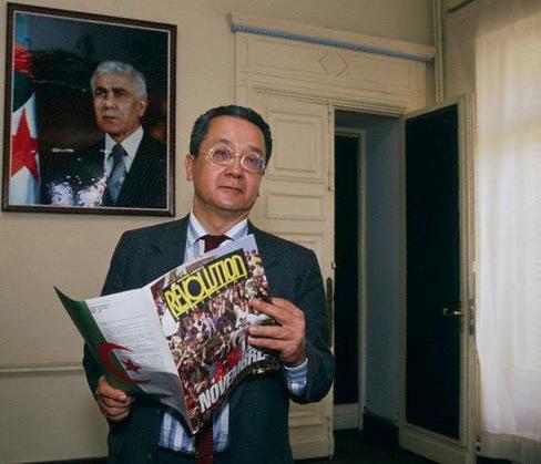 Jacques Vergés w swoim algierskim biurze_1