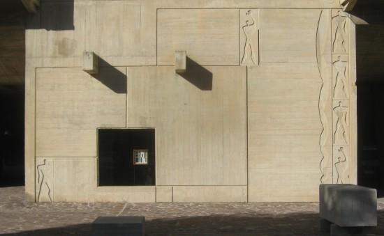 5 fasada Jednostki Mieszkaniowej w Marsylii fot Konrad Niemira