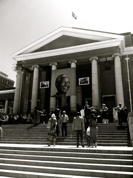 Jameson_Hall,_University_of_Cape_Town,_Celebrating_Nelson_Mandela's_Life