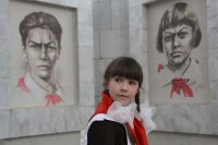 [ikona wpisu] 3' PIONEER HEROESby Natalia KUDRYASHOVA- photo by Alexandr Budarin (c) CTB Film Company