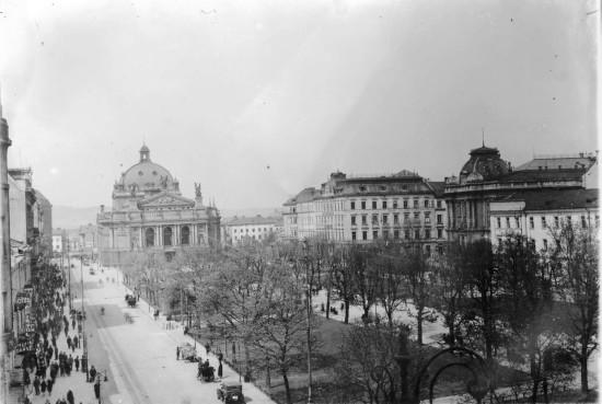 Lwów, Wały Hetmańskie, początek XX w. Źródło: Wikimedia Commons.