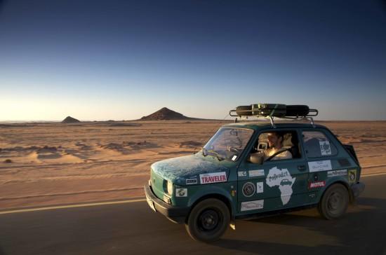 Sudan. Pierwsze kilometry. Fot. Arkady Paweł Fiedler
