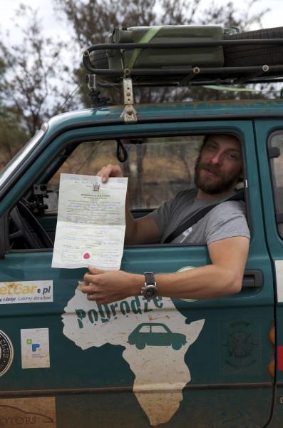Mandat otrzymany w Zambii. Fot. Arkady Paweł Fiedler
