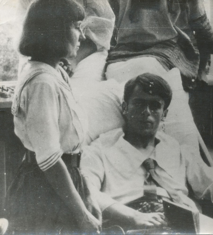 (1)_Marina_Cwietajewa_Sergiusz Efron_1916