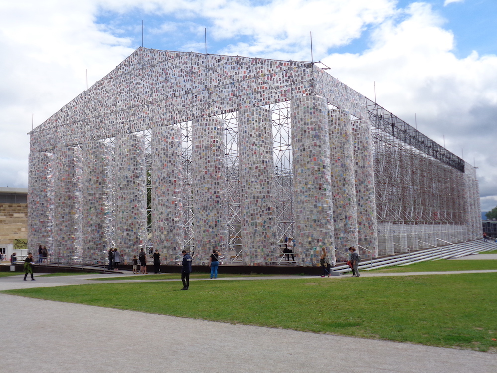 Marta Minujin – Parthenon of Books (2017), fot.P. Strożek