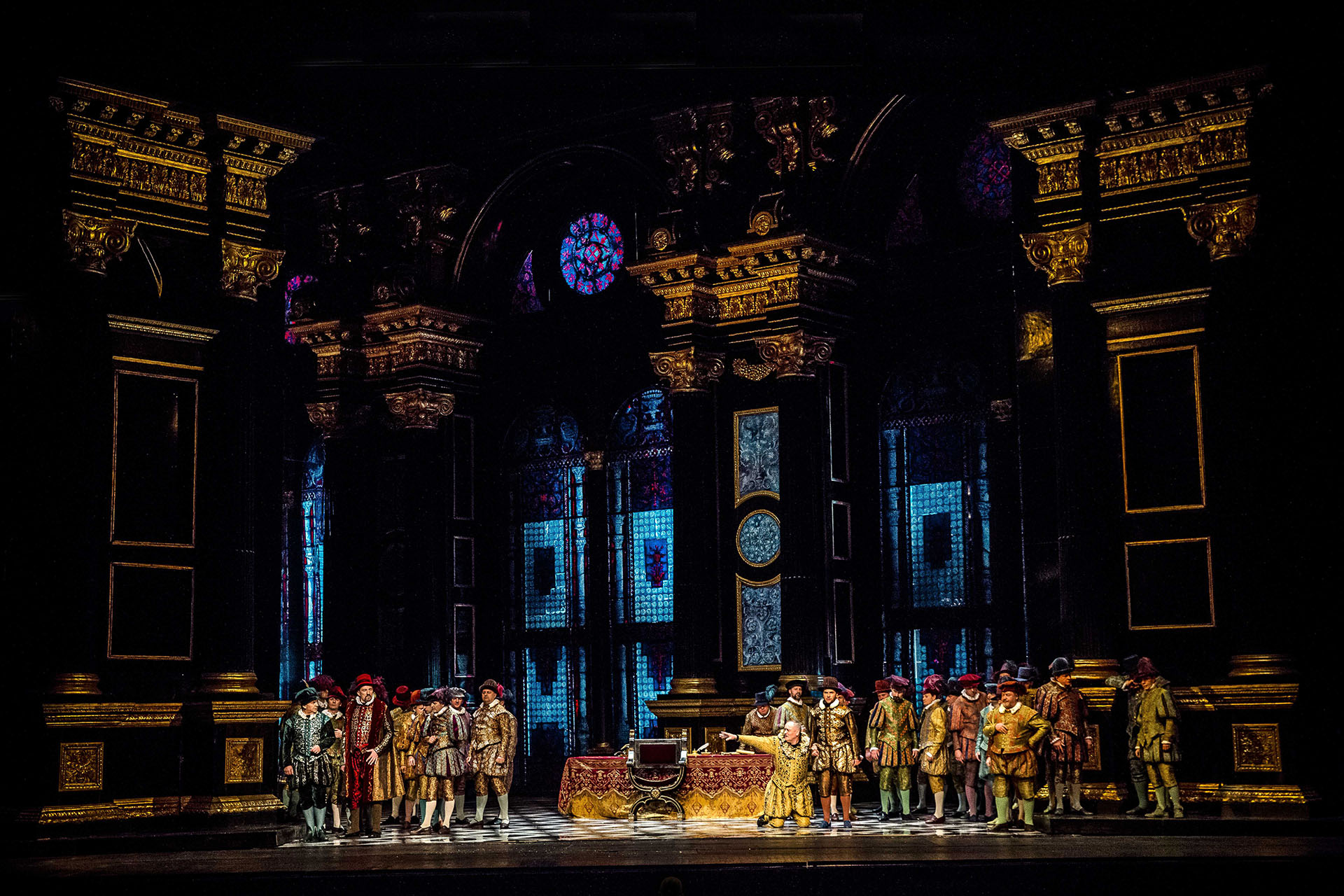 Rigoletto, akt II reż. Opera Narodowa, foto. M. Biel